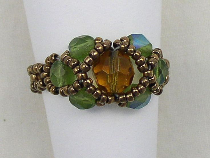 Contessa Ring - a beaded ring tutorial for $6.  or just look at picture for inspiration