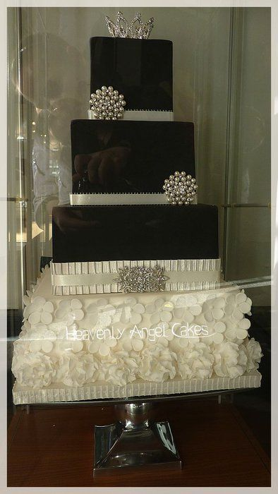 Black & White Wedding Is The Trend This Year! Love This Cake Right On With The Trend! Cake by Heavenly Angel Cakes