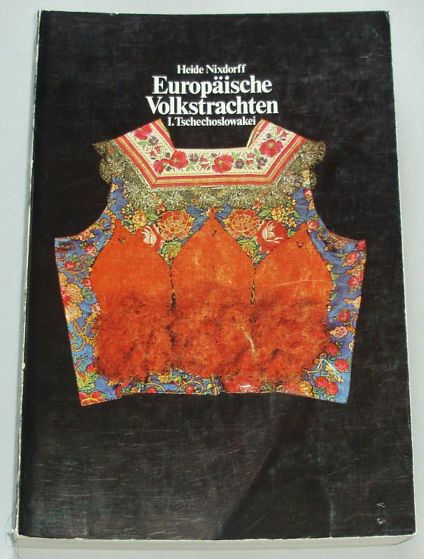 BOOK Czech/Slovak Folk Costume ethnic dress fashion embroidery Moravian KROJ old