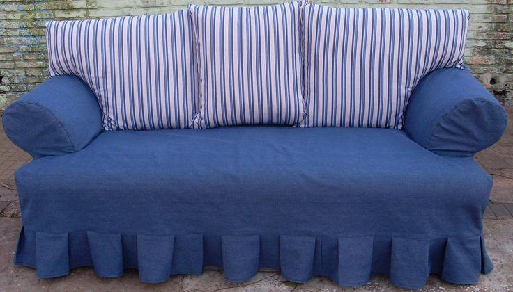 Una de las formas mas faciles y sencillas de cambiarle la cara y dalre vida renovada a un sofa es hacerles un bonito juego de cobertores o f...