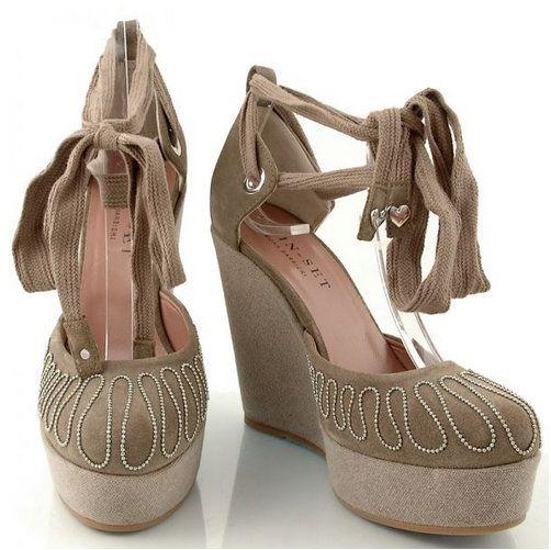 http://zebra-buty.pl/model/4708-czolenka-twin-set-cps4bo-gn-433-2041-009