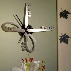 Scissors clock - ideal for a kitchen or a hairdressers. #clock #freshdesign