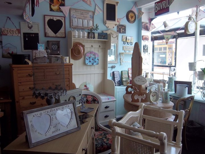 17 best images about shabby chic shops on pinterest store fronts vintage tea rooms and shabby. Black Bedroom Furniture Sets. Home Design Ideas