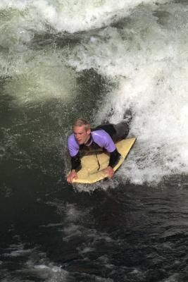 boogie boarding / At times I feel like I'm flying when on the boogie board