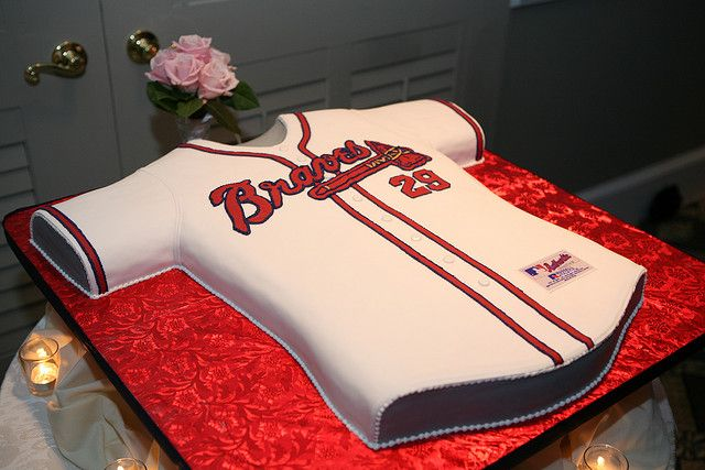 Atlanta Braves jersey cake - I'd put a 10 on it :) I love me some Jones