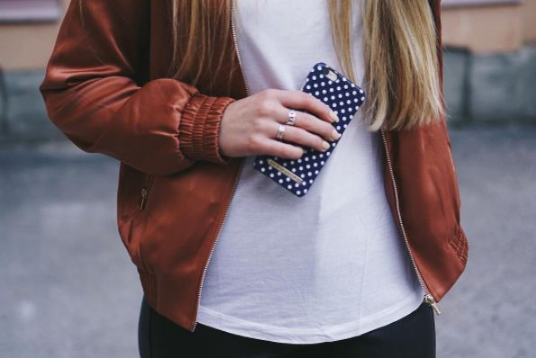 Blue Polka Dots by @stylebystina - Fashion case phone cases iphone inspiration iDeal of Sweden #Pokadots #blue #marin #fashion #inspo #iphone