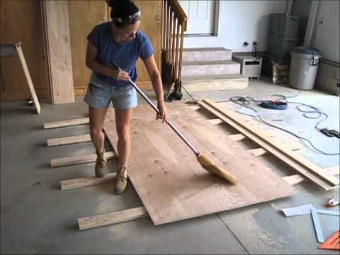 how to cut plywood w/circular saw & links to using saw and making saw guide.
