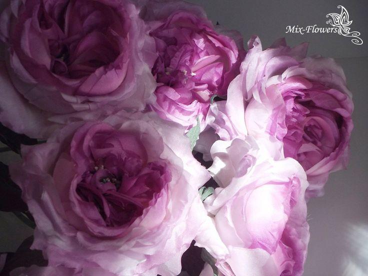 Рукоделие сейчас в моде,а шедевры ручной работы ценятся очень высоко.  😇Поэтому сделанные своими руками, цветы доставят больше удовольствия и украсят интерьер квартиры или саму женщину.  🤗Всегда рада помочь - воплощая ваши идеи в шелк, для вас, ваших близких, друзей, коллег...  Самый необычный, неожиданный и незабываемый подарок...не находите?)  💃Творю для Вас, Светлана Темник (Svetlana Semyannikova)  💌Пишите в Директ, задавайте вопросы...  #жантильнаяфлористика #цветыназаказ…