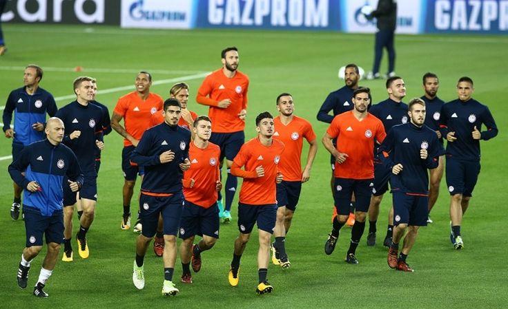"""Η προπόνηση του Θρύλου στο """"Καμπ Νου"""" ! #Red_White #Barcelona #Olympiacos #ChampionsLeague"""