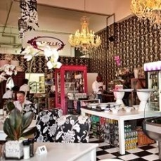 Isabella's .. most enchanting coffee shop with red velvet cake