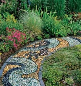 mosaic pathway . . . I'm seeing a side yard pathway in an Arizona / southwest motif !!