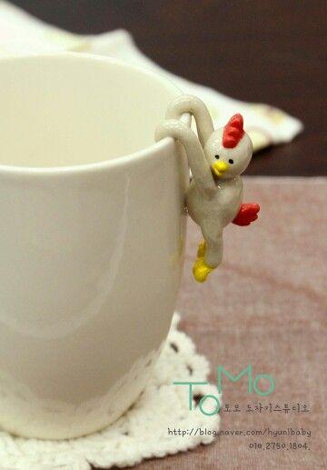 TOMO ceramic art studio. cute cup.