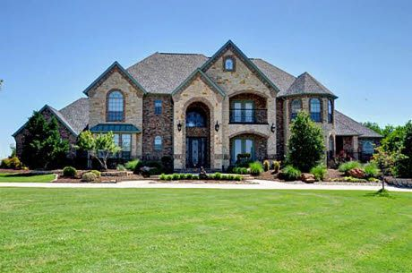 I like this house.... may be a little big for for us but its pretty