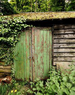 Green Garden Shed