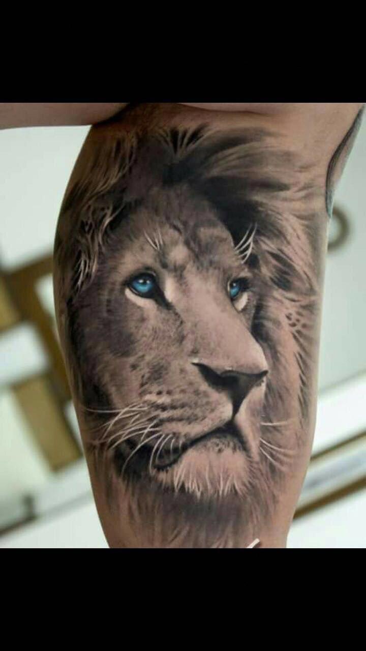 I Really Like The Blue Eyes With The Black And White Tattoosforguys Lion Head Tattoos Lion Tattoo Lion Leg Tattoo