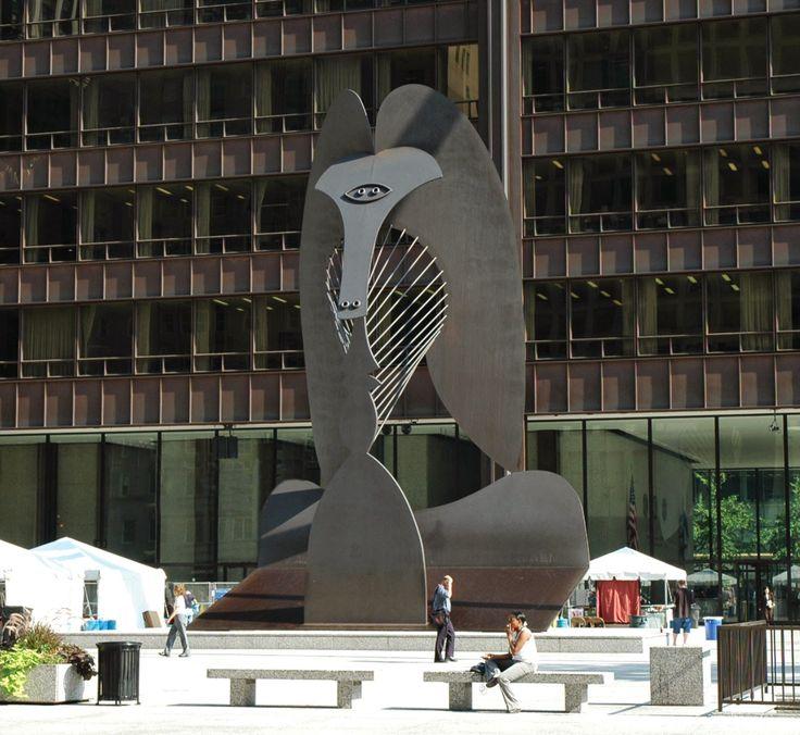 Γλυπτό από χάλυβα σε πλατεία στο Σικάγο