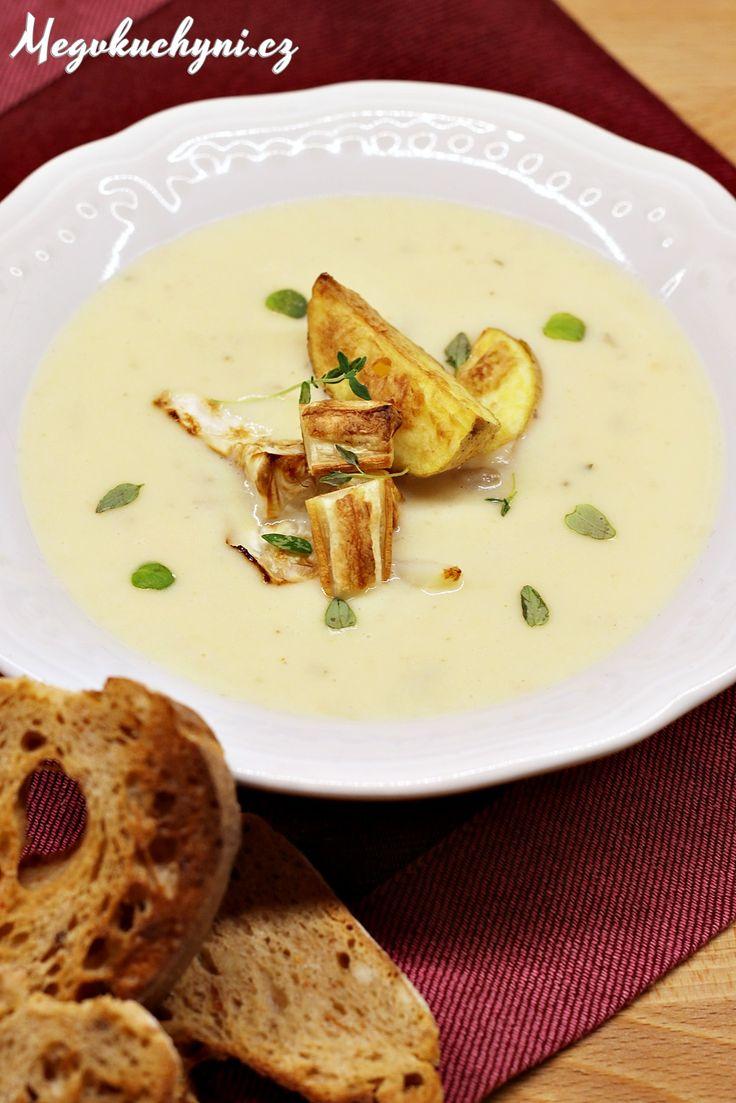 Krém z pečeného celeru, brambor a česneku