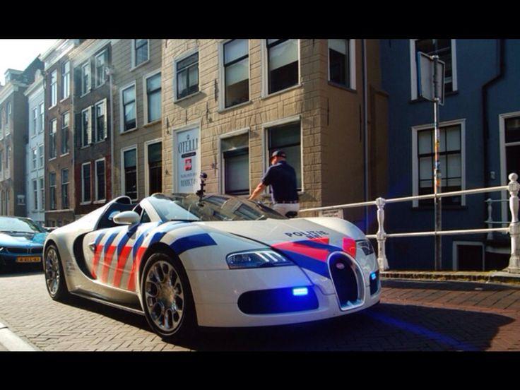Nederlandse politie auto Bugatti van Delft Politie