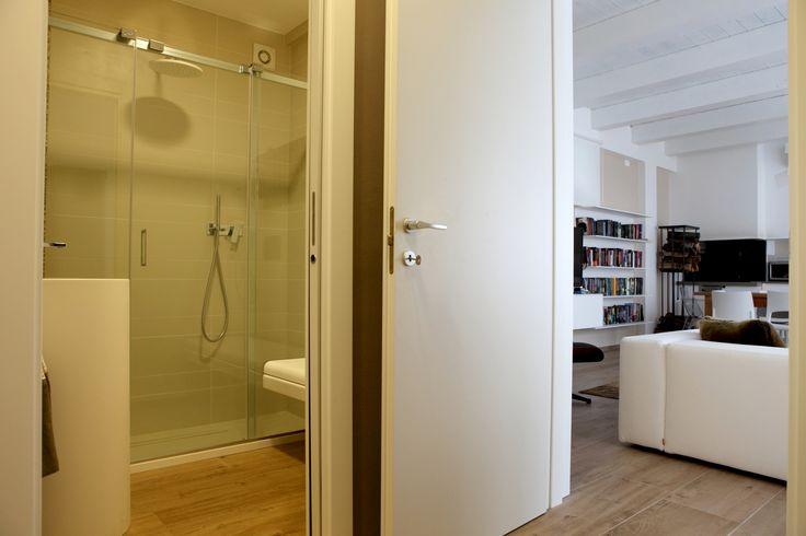 light nel bagno della casa design oriented