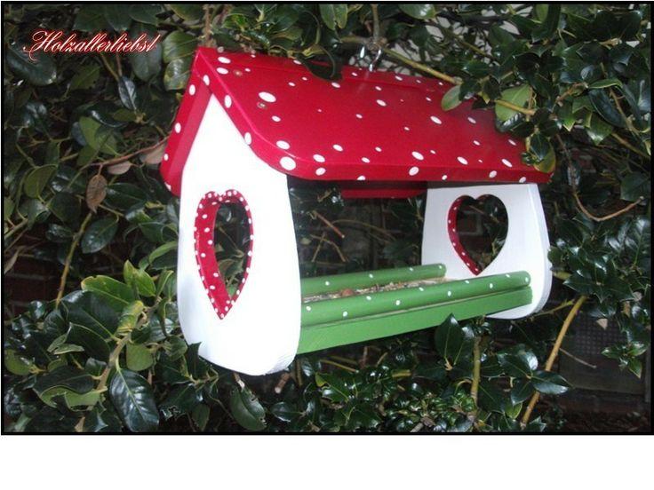 die besten 25 vogelfutterhaus bauen ideen auf pinterest futterhaus f r v gel vogelhaus holz. Black Bedroom Furniture Sets. Home Design Ideas