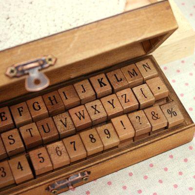 Juego de sellos Antique - Mayúsculas y Número Ver.2