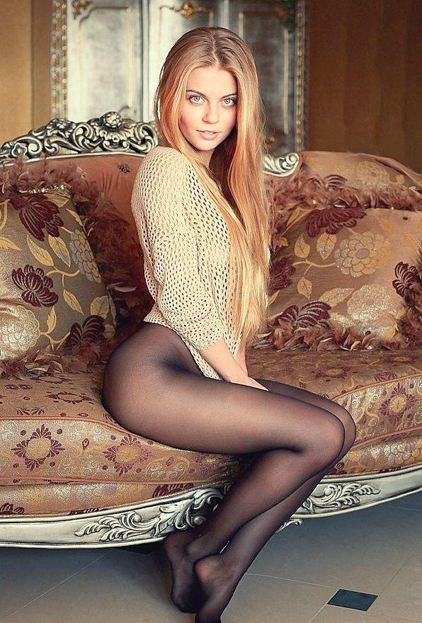 Blonde women pantyhose discounts — 1