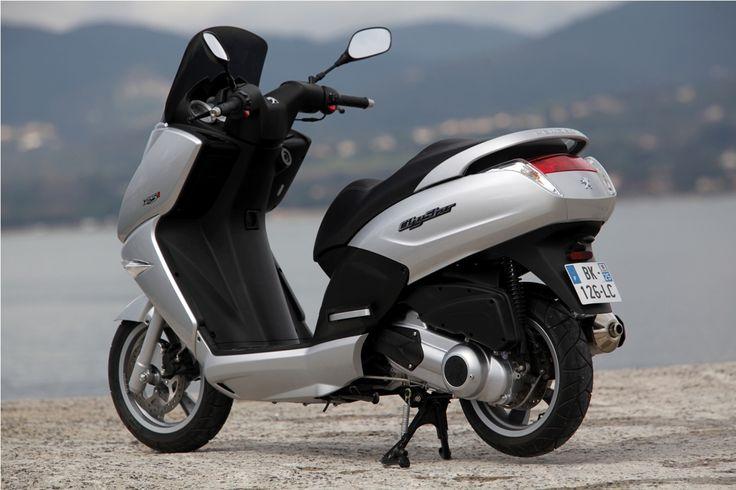 Moto, scooter : equipements et accessoires moto (cross, casque, pièces, tuning)