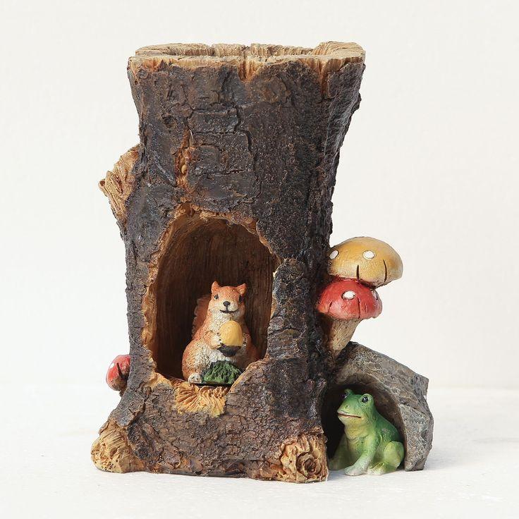 Winsome House Solar Log House Miniature Fairy Garden Set