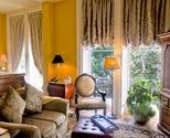 Voted most romantic in USA, a premier Savannah Bed and Breakfast - A 4 Diamond AAA Bed and Breakfast - located in the heart of Savannah. #2 in Trip Advisor