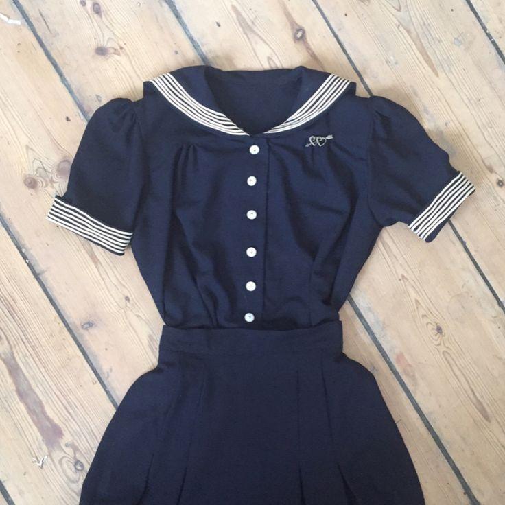 "982 Synes godt om, 17 kommentarer – Maja Kudahl (@majakudahl) på Instagram: ""The sailor dress ⚓️ Inspired by the cute sailor dresses of the early 1940s it has puffy sleeves,…"""