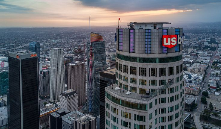 The Wilshire Grand—LA's tallest tower—opens today - Curbed LAclockmenumore-arrow : Its distinctive sail-shaped top was inspired by Yosemite's Half Dome
