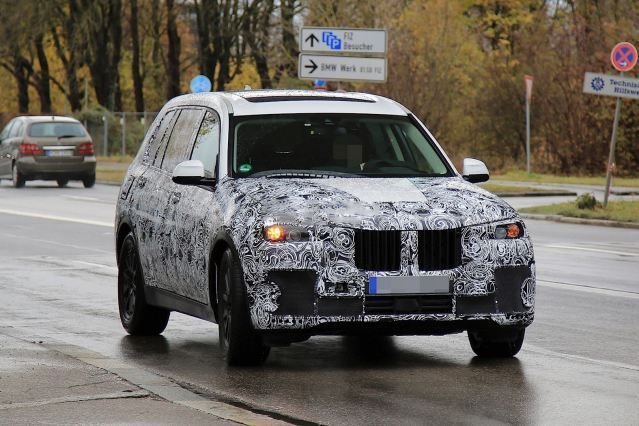 Nice BMW 2017: Nice BMW 2017: 2018 BMW X7 spied on the street... Car24 - World Bayers Check mor... Car24 - World Bayers Check more at http://car24.top/2017/2017/07/07/bmw-2017-nice-bmw-2017-2018-bmw-x7-spied-on-the-street-car24-world-bayers-check-mor-car24-world-bayers/