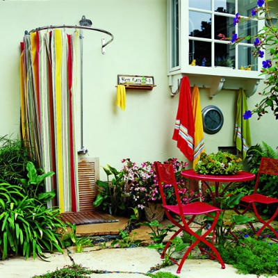 Colorful!: Shower Ideas, Outside Shower, Shower Design, Curtains Rods, Outdoor Shower, Hot Tubs, Shower Curtains, Outdoor Bathroom, Beaches Cottages