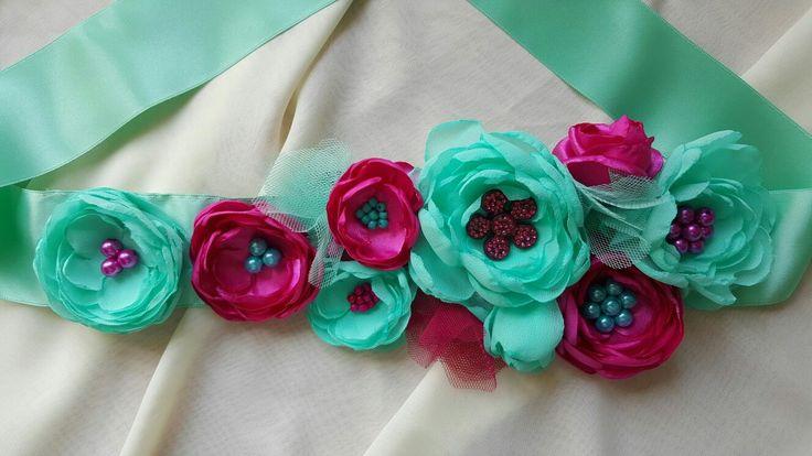 Handmade brooch- necklace 40€