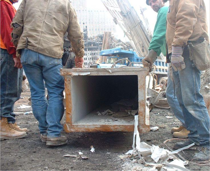 Ящик пандоры – 11 сентября: термоядерный снос Всемирного Торгового Центра в Нью-Йорке.