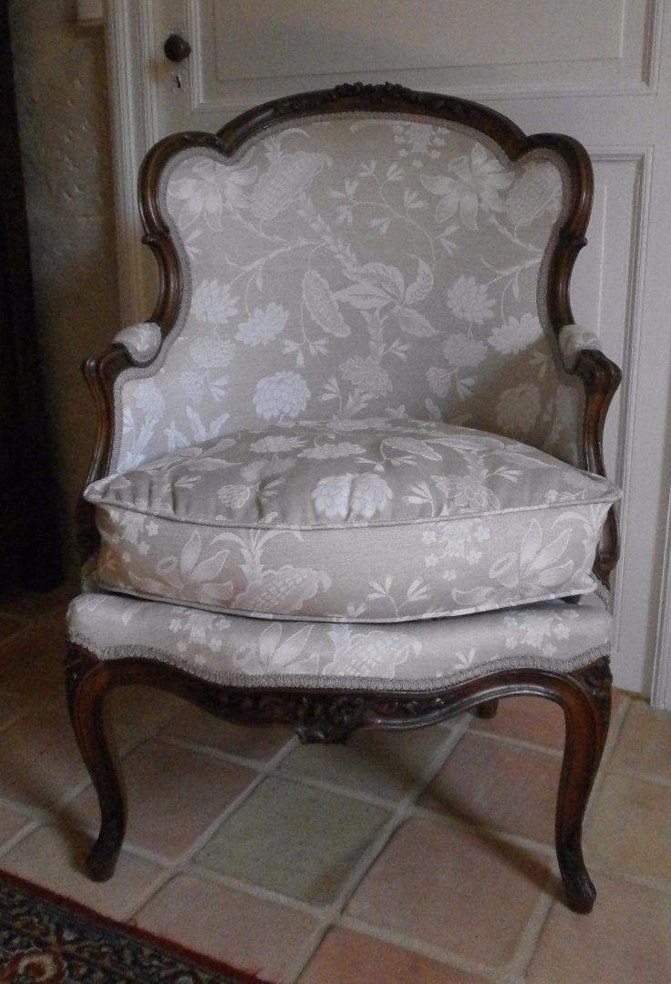17 meilleures id es propos de fauteuil louis xv sur pinterest meuble louis xv louis xv et. Black Bedroom Furniture Sets. Home Design Ideas