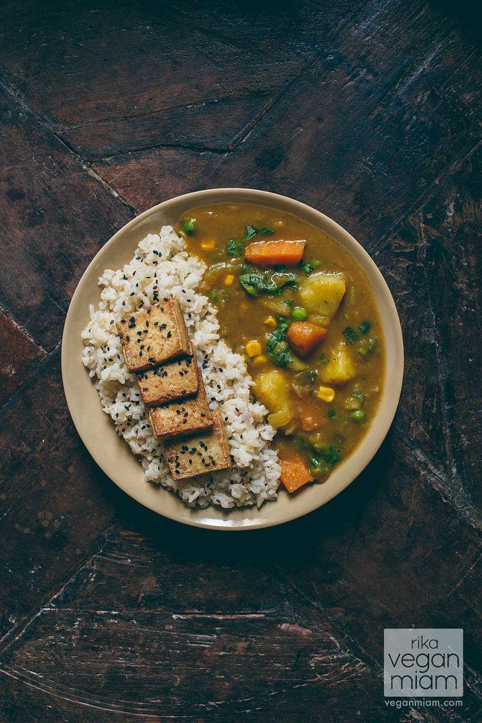 Curry Japonés de Verduras (Vegano) – #Vegan Japanese Curry with Salty Tofu Chips | vegan miam