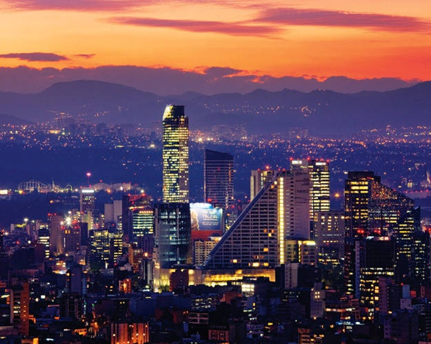 Mexico City can't wait to enjoy gorgeous sunsets every night... Our move couldn't come any slower!