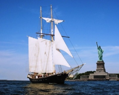 Sailboat around the New York Harbor. this would be amazing!
