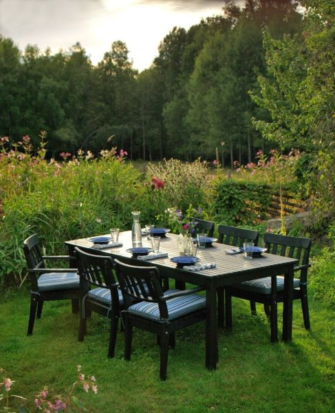 The ikea ngs series brings a classic look to your - Mesa jardin ikea ...