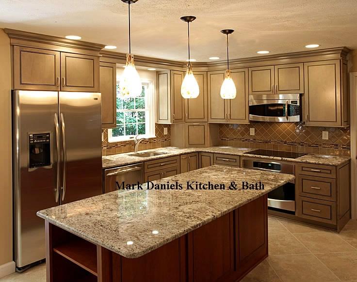 Like the countertop, back splash and the tile floor!: Kitchens Remodel, Kitchens Design, Kitchens Ideas, Kitchens Islands, Kitchens Lights, Design Kitchen, Kitchens Layout, Pendants Lights, Kitchens Cabinets