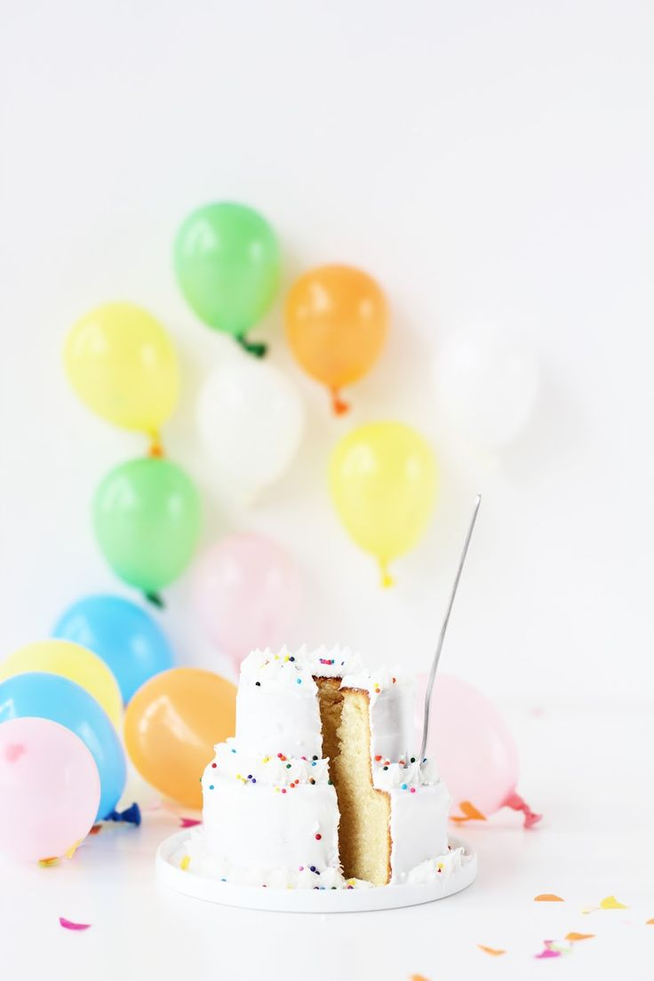 » Mini Two-Tier Birthday Cakes