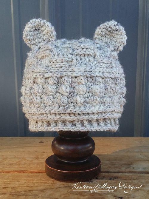 Free Crochet Pattern – Bear Hugs Baby Beanie – Dominique Auger