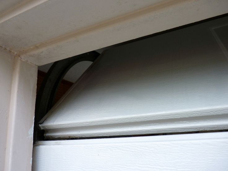 how to repaint a garage door the right way.