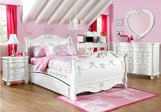 Disney Princess bedroom set | You can purchase this at Rooms to Go Furniture Store!