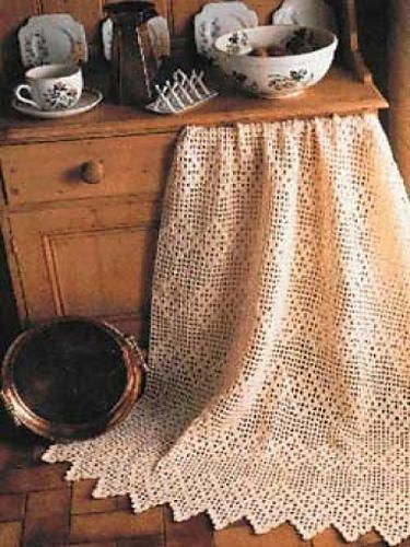 """Victorian Crochet Lace Pattern ~ easy level ~ finished size 56.5"""" x 68"""" ~ it is supposed to be a throw but to me you could use it as a tablecloth - it has that style ~ FREE - CROCHET"""