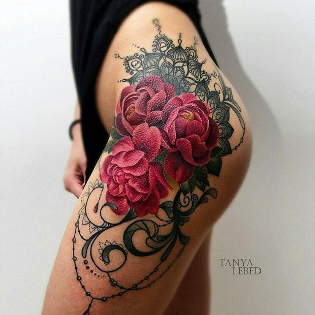 Best 25 Inner Thigh Tattoos Ideas On Pinterest: 25+ Best Rose Hip Tattoos Ideas On Pinterest