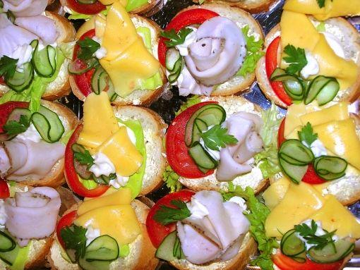 Ezt kend a kenyérre! 9 krém: cékla, karfiol, brokkoli, hagyma, búzakolbász, sütőtök, sárgarépa, avokádó, sárgaborsó