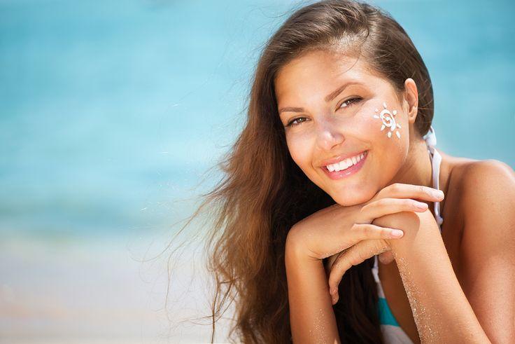 Siete pronte a fare un bel bagno di Sole? Seguite prima i consigli della nostra Stella Strala: http://www.stilefemminile.it/come-proteggerci-dal-sole/