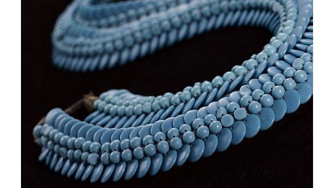 Les merveilleux bijoux d'Elsa Triolet